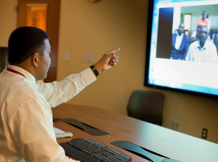 Dr. Benny Joyner in HSL Collaboration Center